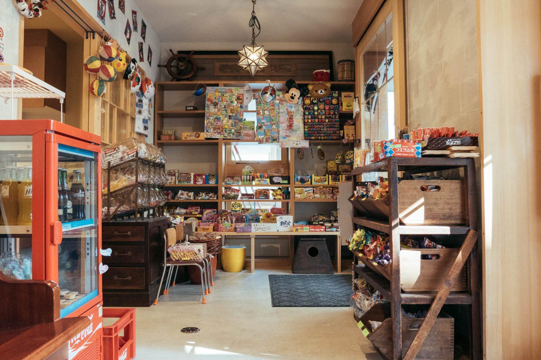 アンダンチレジデンス内の駄菓子屋