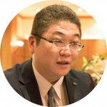 宮城の老舗コーヒー店を運営するホシヤマインターナショナル株式会社の専務取締役菊地信治さんの写真