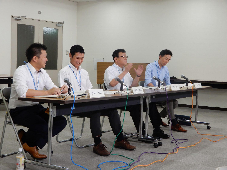 東日本大震災の復旧復興にあたった職員のインタビューの様子