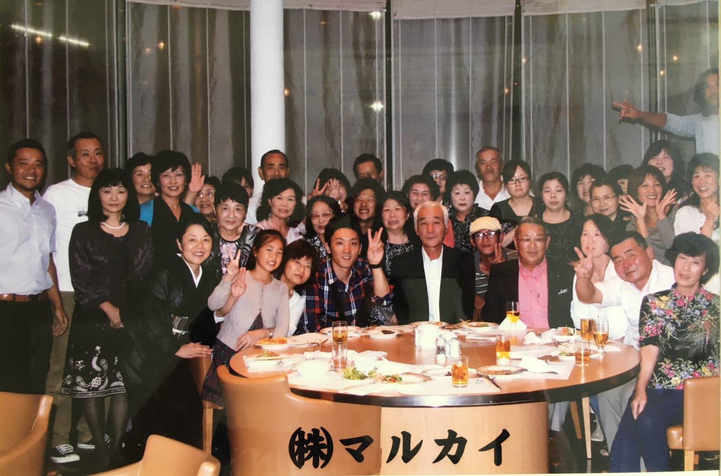 マルタ水産の皆さんと静岡の支援企業の集合写真
