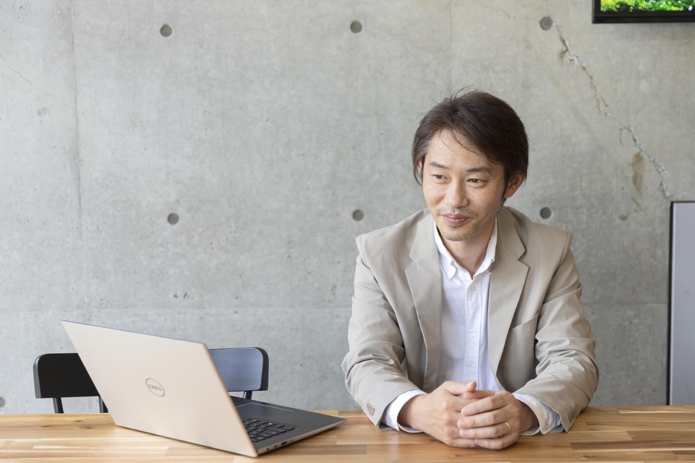 インタビューにこたえるborderact株式会社の中澤大祐さん